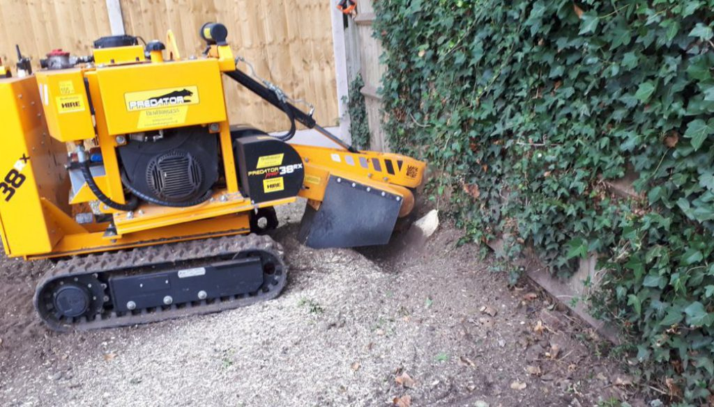 Removing a selection of tree stumps in Hertfordshire these tree stumps were being removed to make way for a lawn area. M...