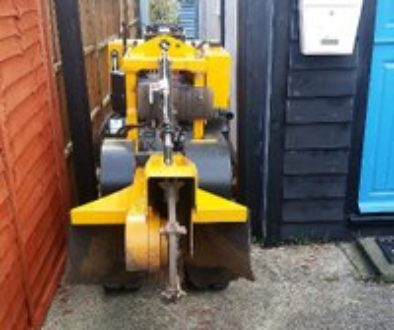 Tree stump removal – excavator or Stump grinder? This is a question that I am often asked about....